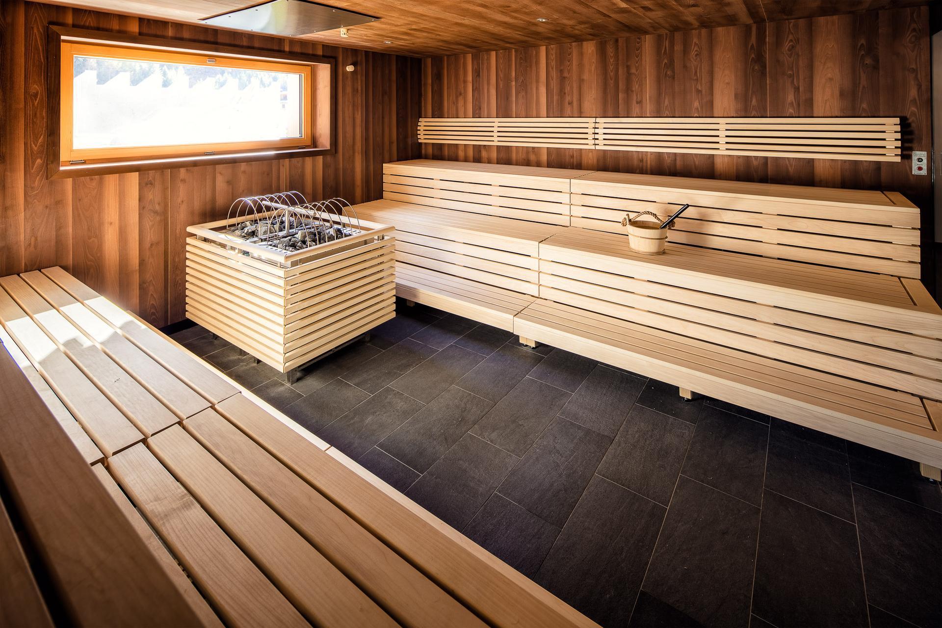 wellness entspannung ihr s hotel edelwei im kaunertal in tirol. Black Bedroom Furniture Sets. Home Design Ideas